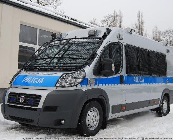 Policja Piotrków Trybunalski: Zaatakowali bez przyczyny, zostali zatrzymani