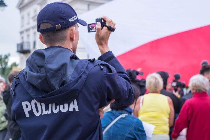 Policja Piotrków Trybunalski: Śmiertelny wypadek na A1. Nie żyje 49-letni kierowca skody